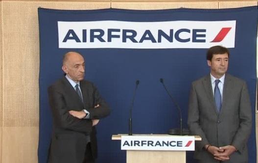 Nhân viên Air France từ chối thỏa thuận lương, tổng giám đốc Jean-Marc Janaillac từ chức