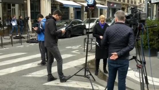 Tấn công khủng bố bằng dao ở Paris – một chết bốn bị thương