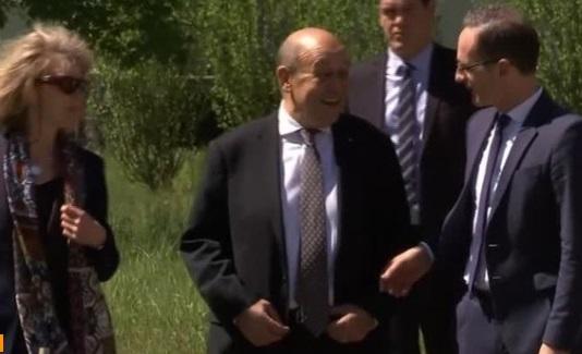 Chủ tịch Ủy Ban Quân Vụ Hạ Viện cảnh báo về việc rời thỏa thuận nguyên tử Iran