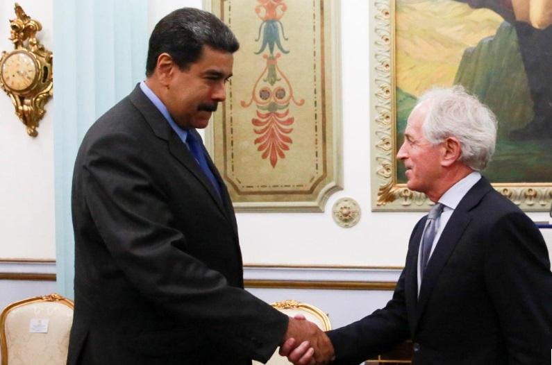 Tổng thống Venezuela bất ngờ gặp thượng nghị sĩ Mỹ Bob Corker