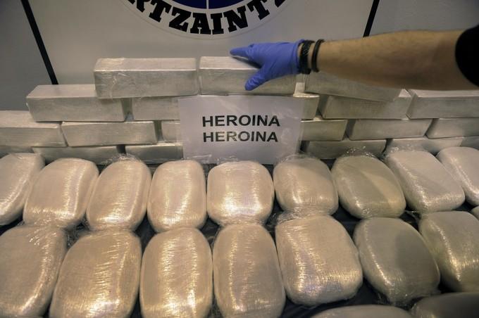 Cộng Hòa Czech phá vỡ đường dây ma túy do 3 người Việt đứng đầu