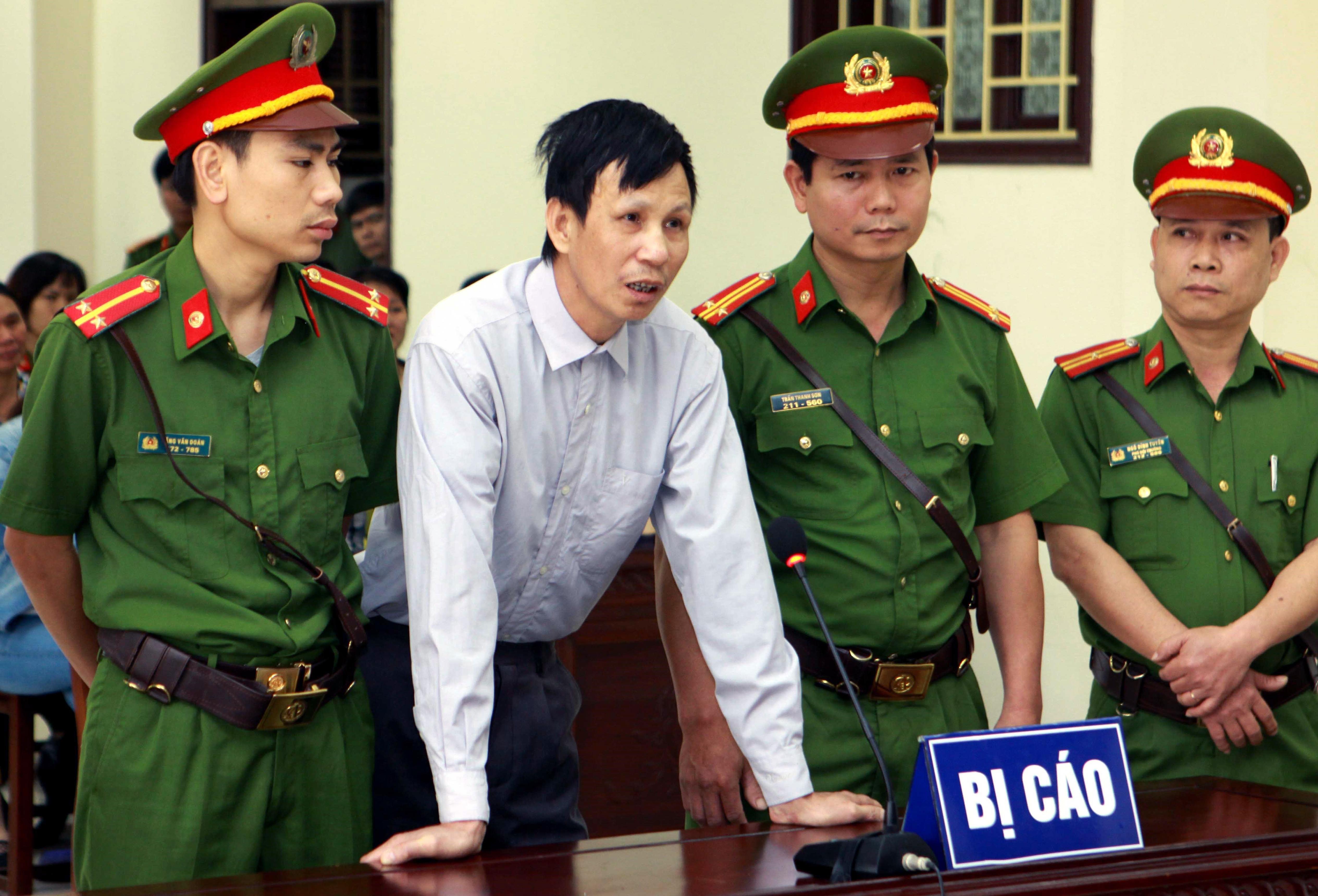 Sức khỏe tù nhân lương tâm Nguyễn Văn Túc suy sụp trong tù