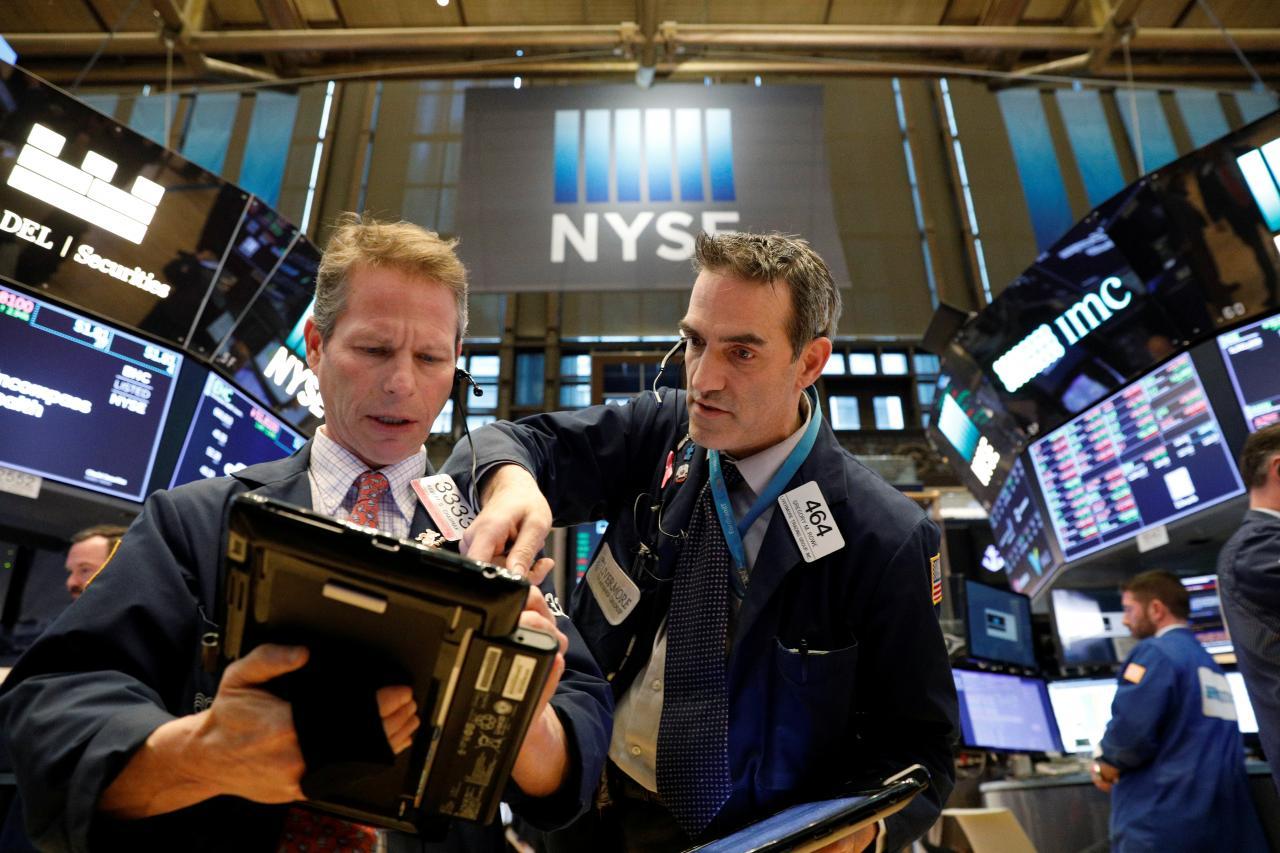 Chỉ số công nghệ của Hoa Kỳ ổn định trong lúc cổ phiếu thế giới giảm giá