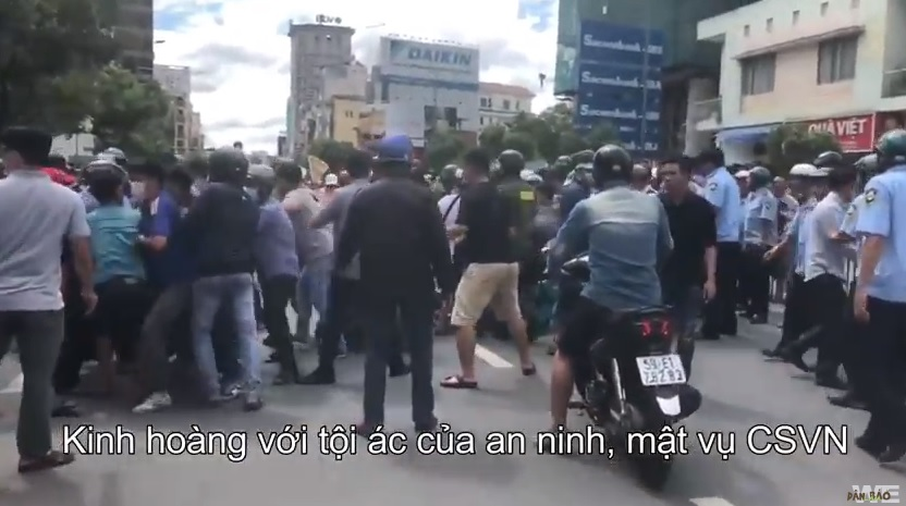 Ân Xá Quốc Tế đòi điều tra nghi vấn công an CSVN tra tấn người biểu tình