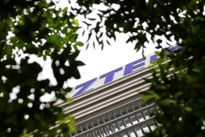 Thượng Viện thông qua dự luật chi tiêu quốc phòng, chống lệnh gỡ bỏ trừng phạt ZTE
