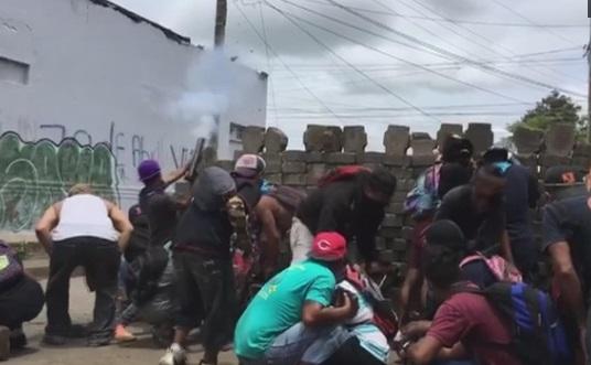 Bạo động bùng phát ở Nicaragua sau khi các cuộc đàm phán hòa bình bị hoãn
