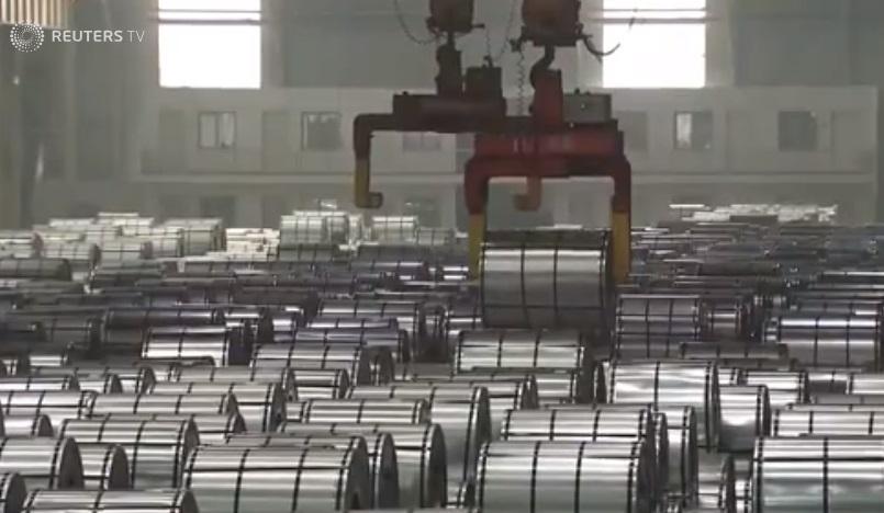 Tổng thống Trump ra lệnh đánh thuế nhập cảng 50 tỷ Mỹ kim hàng hóa Trung Cộng
