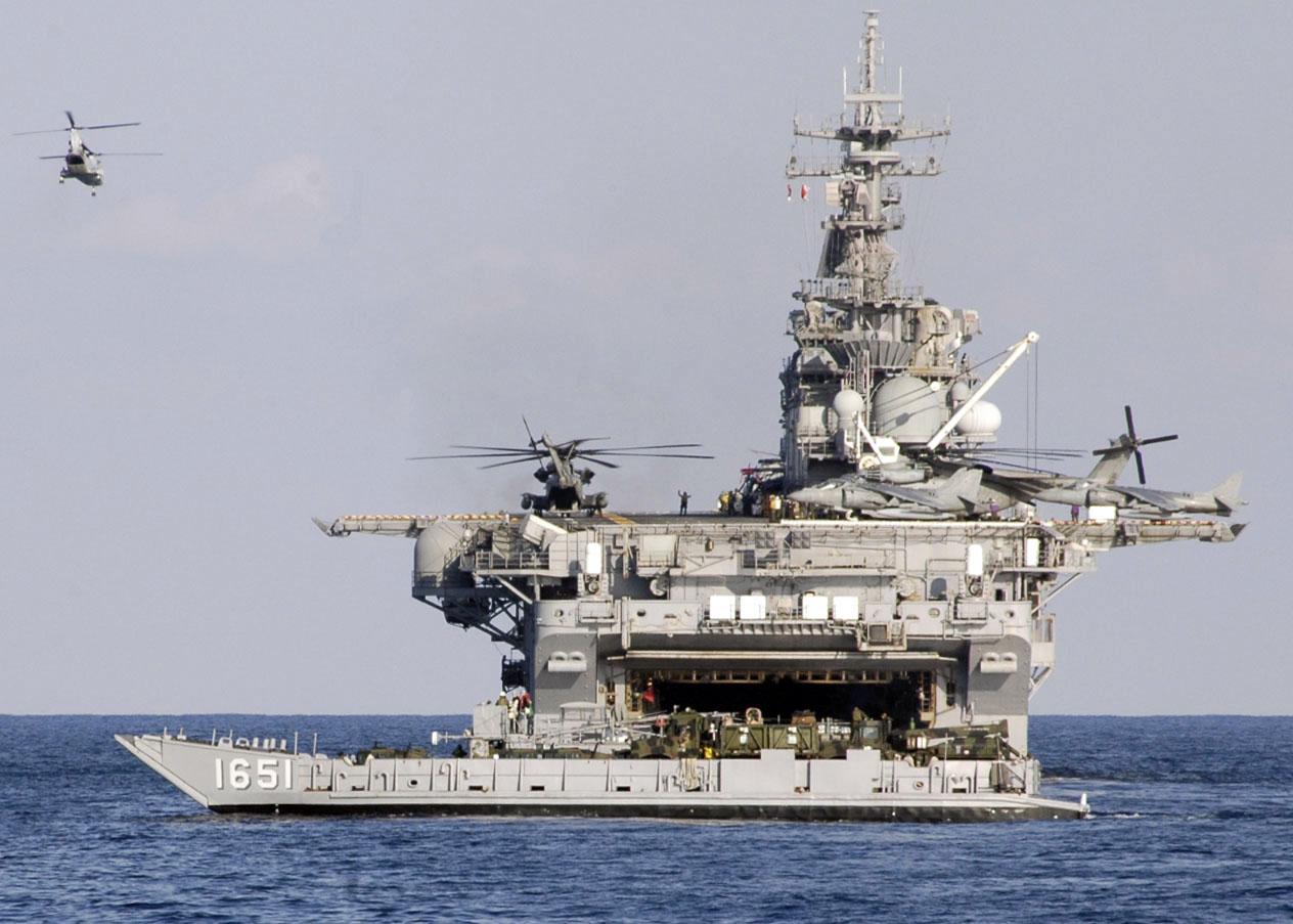 Hoa Kỳ âm thầm đưa mẫu hạm mang F-35 đến Biển Đông