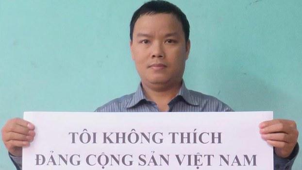 Blogger Lê Anh Hùng bị bắt về tội 'lợi dụng dân chủ'