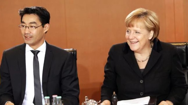Cựu phó thủ tướng Đức gốc Việt Philipp Roesler bị nêu danh ủng hộ Trung Cộng