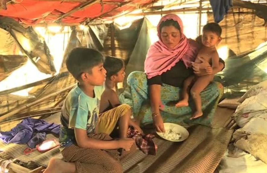 Phụ nữ Rohingya vất vả đối mặt với những đứa trẻ không mong muốn
