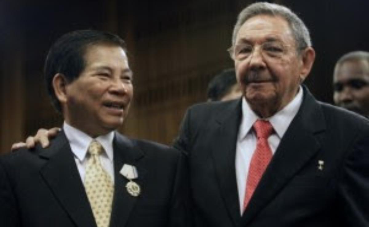 Báo chí Việt Nam im hơi về sự kiện Cuba từ bỏ chủ nghĩa cộng sản