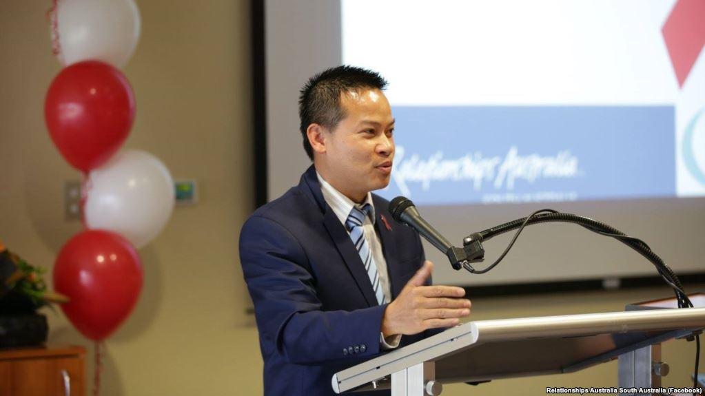 Thượng nghị sĩ gốc Việt ở Úc kêu gọi Facebook, Google bất tuân luật an ninh mạng