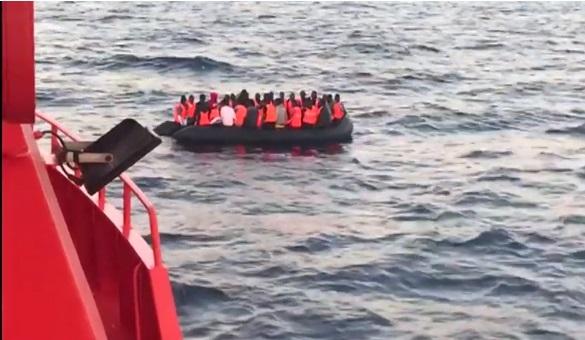 Tây Ban Nha cứu hàng trăm người tị nạn trên biển
