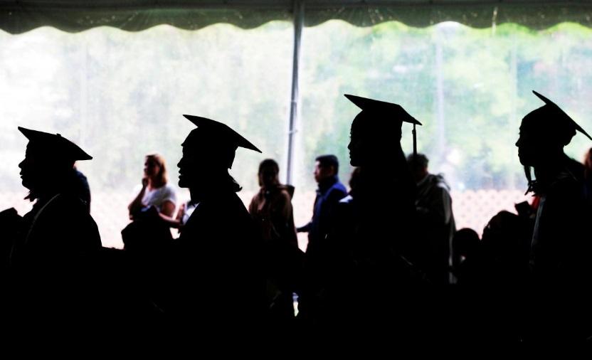 Chính phủ Trump sẽ thu hồi hướng dẫn về việc thu nhận sinh viên đa dạng tại các trường college