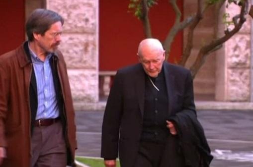 HỒng Y Theodore Mccarrick rút khỏi Hồng Y Đoàn sau cáo buộc lạm dụng tình dục