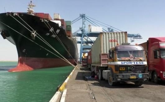 Giá dầu tăng sau khi Saudi Arabia đình chỉ các chuyến hàng qua Biển Đỏ
