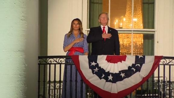 Người Mỹ trên toàn quốc mừng Ngày Độc Lập 4 Tháng 7