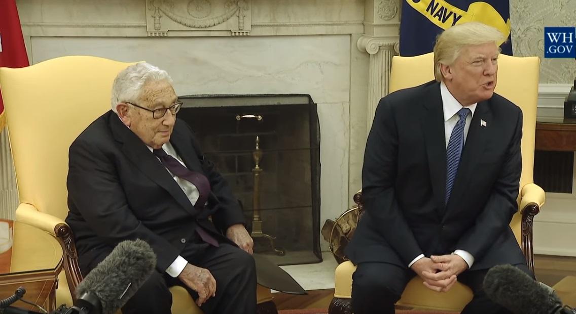 Henry Kissinger khuyên tổng thống Trump nên hợp tác với Nga chống lại Trung Cộng