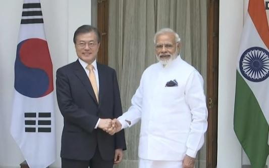 Ấn Độ và Nam Hàn gia tăng quan hệ quân sự