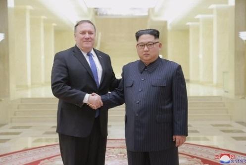 Ngoại trưởng Mike Pompeo lên đường đi Bắc Hàn tìm một thỏa thuận hủy bỏ vũ khí nguyên tử
