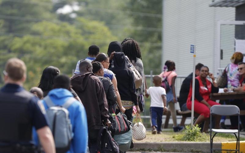 Người xin tị nạn vì lý do bạo lực băng đảng và gia đình sẽ không được chấp nhận