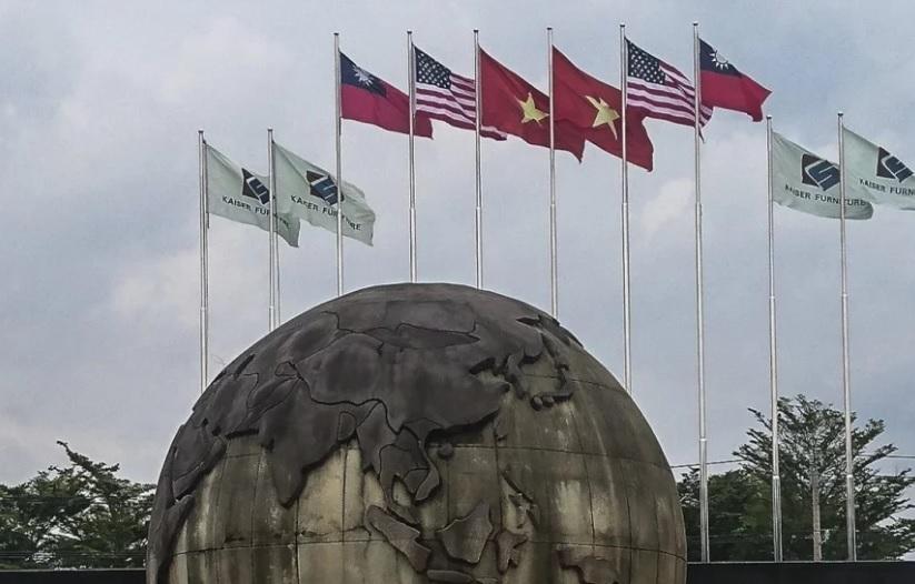 CSVN buộc công ty đồ gỗ hạ cờ Đài Loan trước khi Trung Cộng lên tiếng