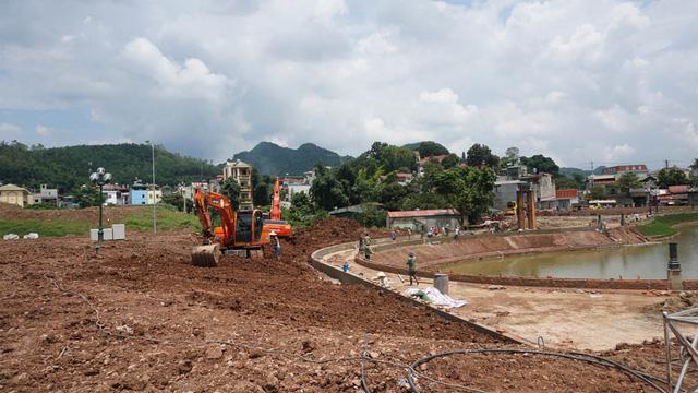 Sơn La bỏ kế hoạch buộc công chức trích tiền lương xây tượng đài Hồ Chí Minh