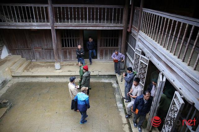 Cháu nội vua H'Mông tại Việt Nam gửi đơn kêu cứu bị tỉnh Hà Giang cướp dinh thự