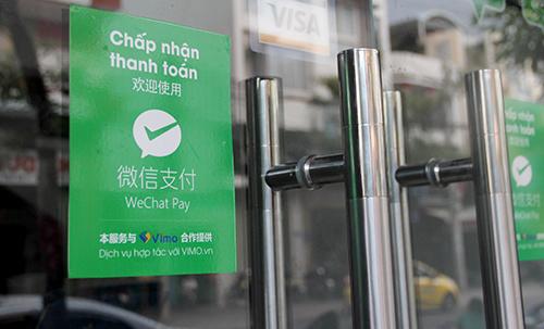 Nhiều cửa hàng Việt cũng dùng ví tiền điện tử Trung Cộng để trốn thuế