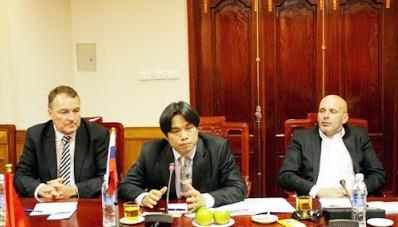 Kết quả hình ảnh cho Lê Hồng Quang, cựu Đại biện lâm thời của Slovakia