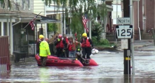 Mưa lớn gây ra tình trạng khẩn cấp vì ngập lụt ở Pennsylvania và New Jersey