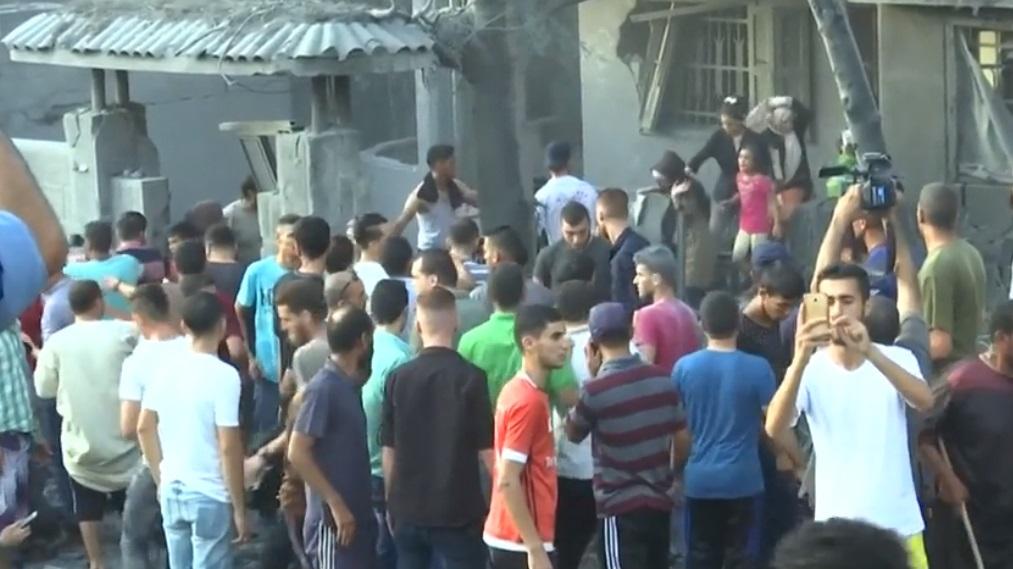 Israel và Hamas tiếp tục tấn công lẫn nhau, bất chấp các cuộc đàm phán ngừng bắn