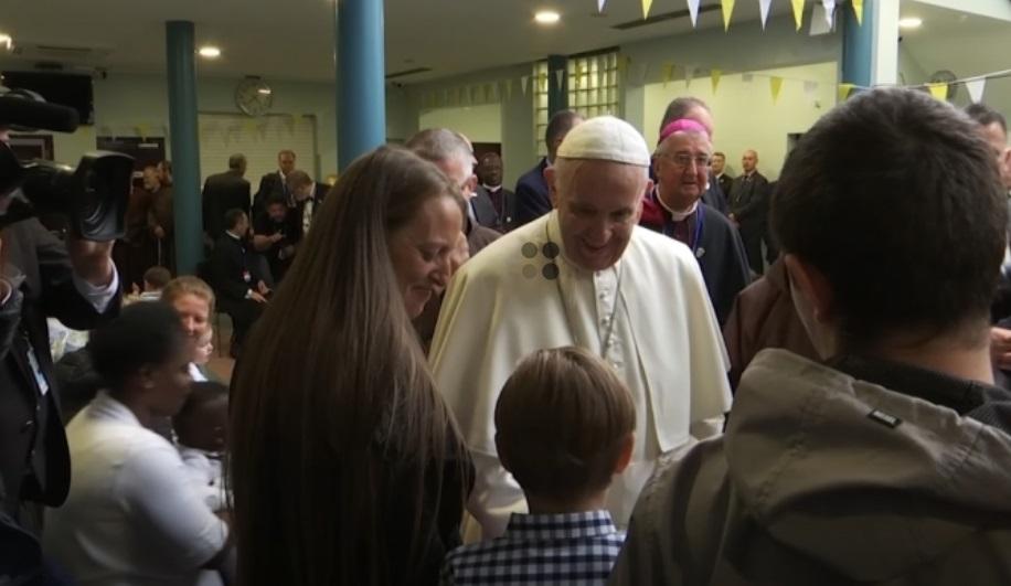 Đức Giáo Hoàng cứng rắn khi đề cập đến nạn linh mục lạm dụng tình dục