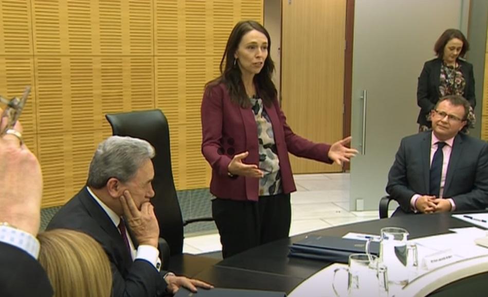 New Zealand cấm người ngoại quốc mua nhà, ngoại trừ người Úc và Singapore