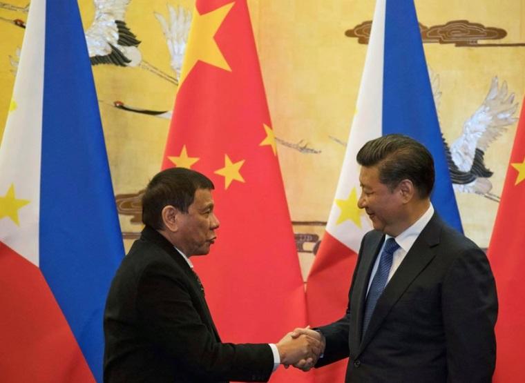 Philippines nhận nhiều tín hiệu của Trung Cộng xua đuổi trên Biển Đông