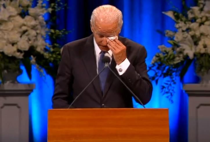 Cựu phó tổng thống Joe Biden đọc điếu văn tại tang lễ ông John Mccain