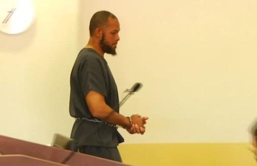 Nghi can Hồi Giáo bị bắt vì huấn luyện trẻ em nổ súng tại các trường học tiểu bang New Mexico