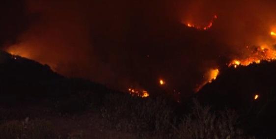 Một người bị bắt vì tình nghi gây cháy rừng ở Nam Cali
