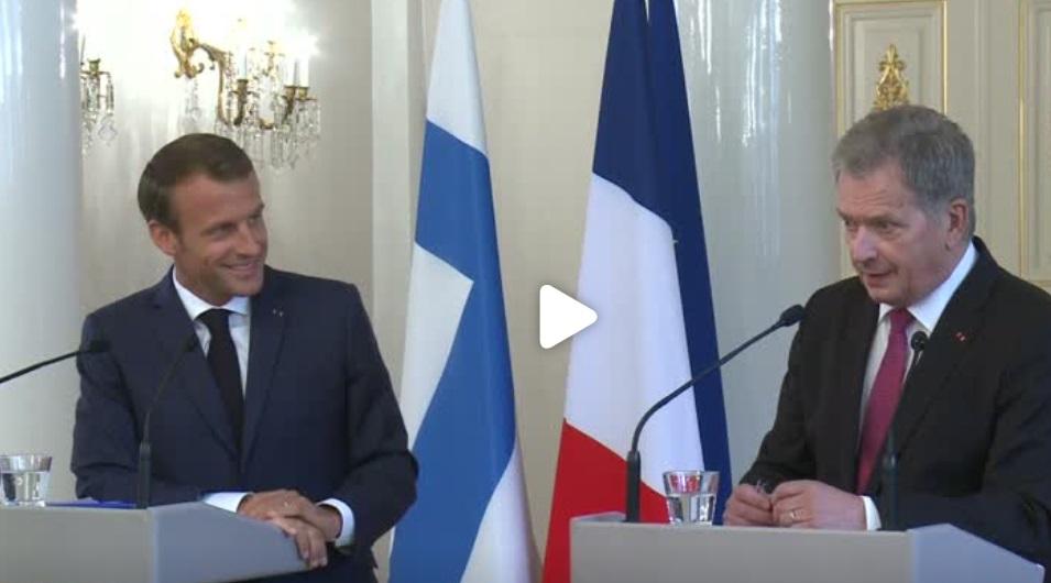 Tổng thống Pháp: đã đến lúc cần phải có mối quan hệ chiến lược giữa Liên Âu và Nga