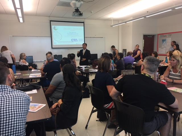 Tiến sĩ Bạch Xuân Phẻ giới thiệu lợi ích thực tập Tỉnh Thức tại Học Khu Colton Joint