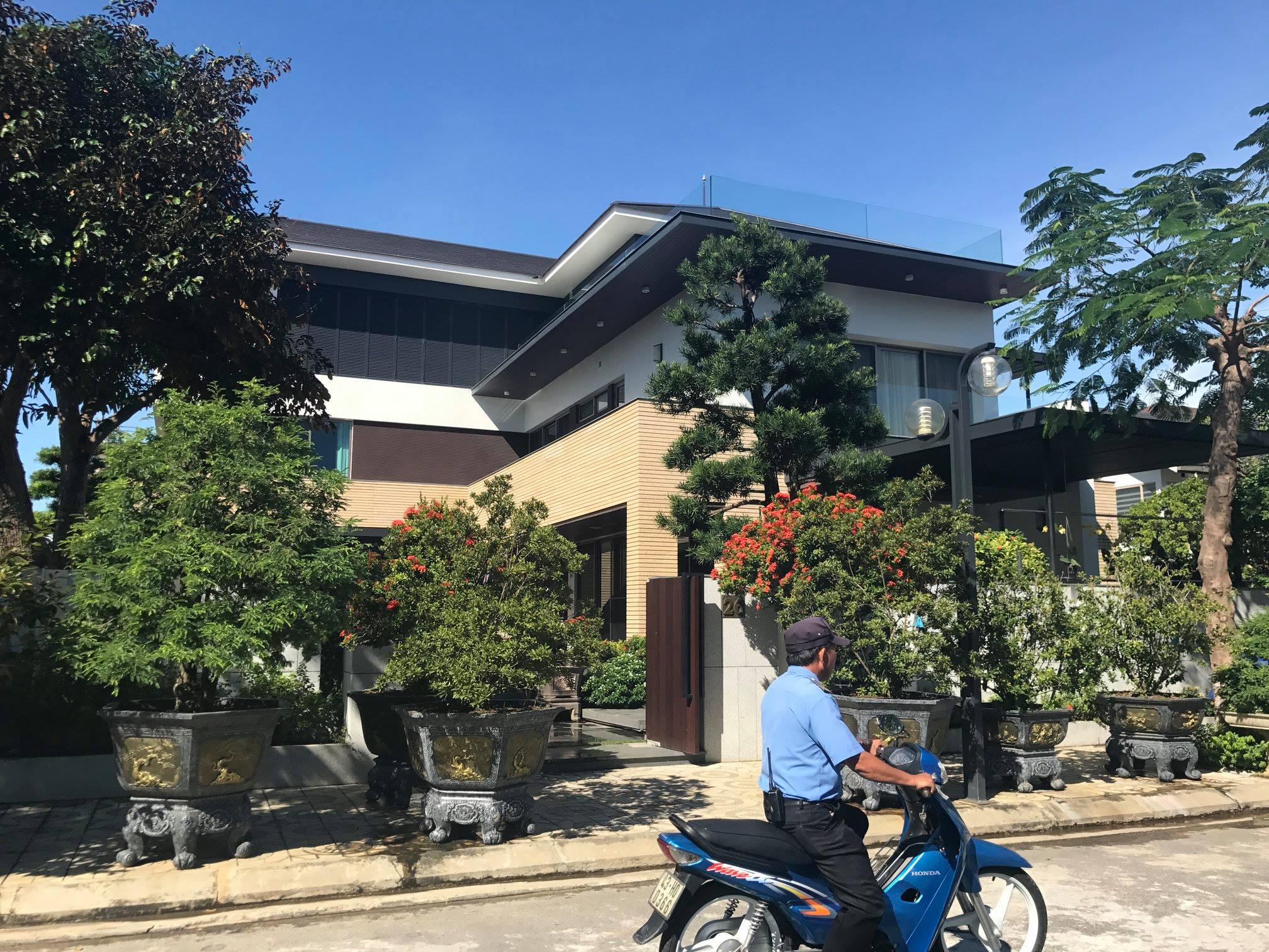 Đà Nẵng thay giám đốc công an dính tai tiếng biệt phủ