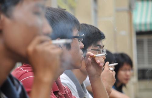 90% dân Việt muốn tăng thuế thuốc lá