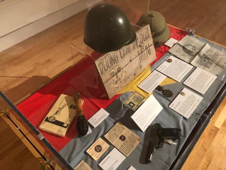 Bảo Tàng Quân Đội Calgary triển lãm chiến tranh Việt Nam có phần QLVNCH