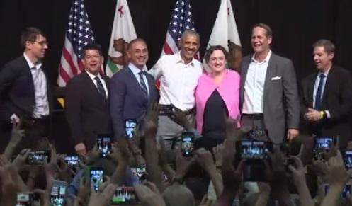 Cựu tổng thống Obama vận động tranh cử tại tiểu bang California