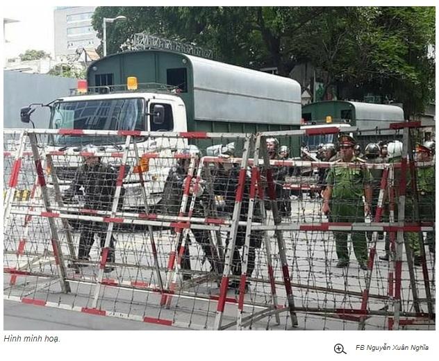 Ngày quốc khánh: chế độ đang đào mồ Hồ Chí Minh