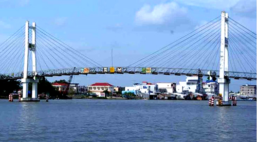 Dân Cà Mau phản đối thu phí 'trọn đời' trên một cây cầu