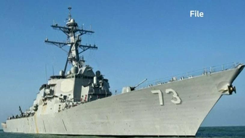 Trung Cộng chỉ trích Hoa Kỳ đưa tàu chiến tiến gần đảo nhân tạo trên Biển Đông