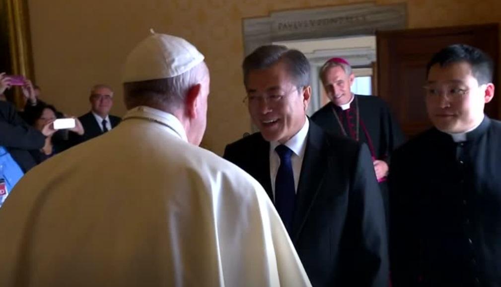 Bình Nhưỡng chuyển lời mời Đức Giáo Hoàng đến thăm Bắc Hàn
