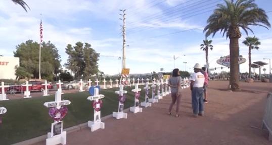 Tưởng niệm 1 năm vụ thảm sát kinh hoàng bằng súng ở Las Vegas